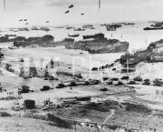 Allied troops landing in Normandy