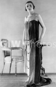 Clothing 1920-1925. October 1924 P008635